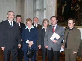 Franz Prell erhält die bayerische Staatsmedaille des Innenministeriums 2005